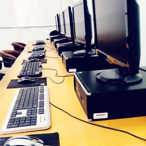 آموزش حسابداری هلو کامپیوتر فن بیان زبان بدن قم